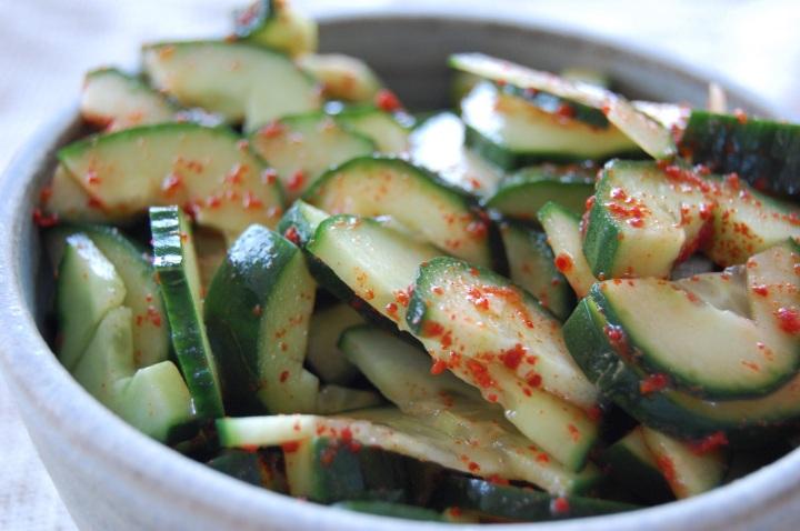 Quick cucumber pickles
